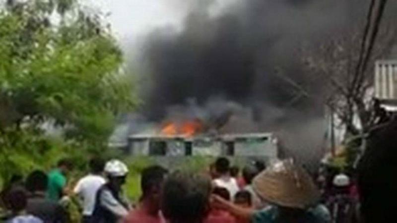 Explosão em fábrica de pirotecnia na Indonésia