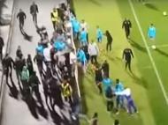 Invasão de campo no V. Guimarães-Marselha (youtube)