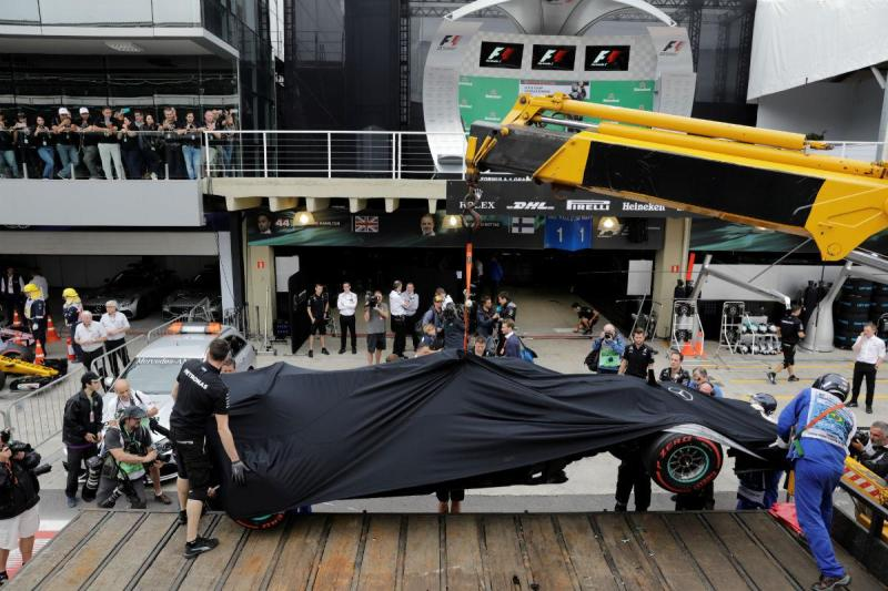Mercedes de Lweis Hamilton em Interlagos (Reuters)