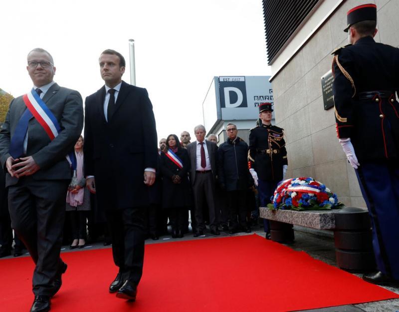 Homenagem em Saint-Denis