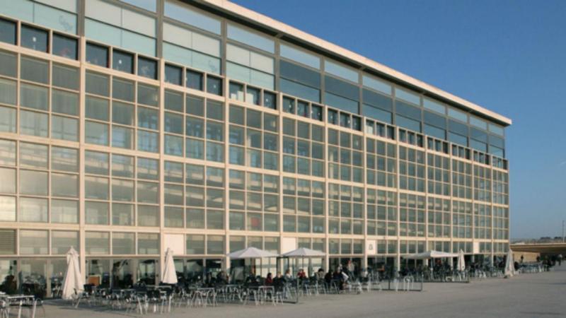 Edifício Transparente