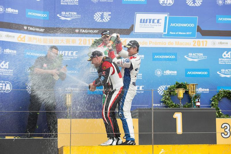 Rob Huff venceu a corrida principal WTCC em Macau