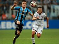 Gremio-Lanus ( Reuters )