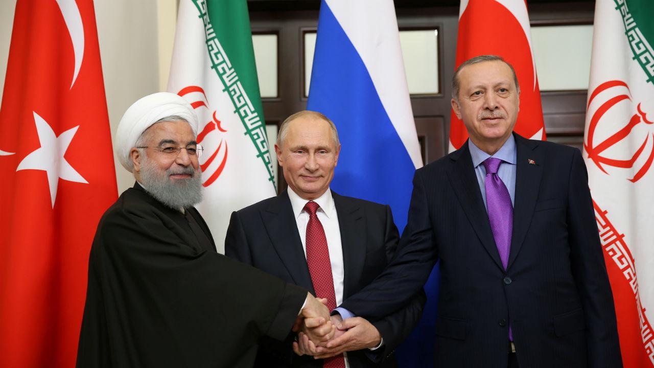 Putin com Rouhani e Erdogan