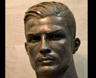 Cristiano Ronaldo, busto (Facebook Navarro Arteaga)