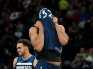 Minnesota Timberwolves-Phoenix Suns ( Reuters )