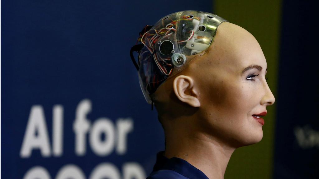 Sophia, a robô da Arábia Saudita, diz que quer ter um filho
