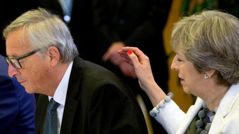 Jean-Claude Juncker e Theresa May
