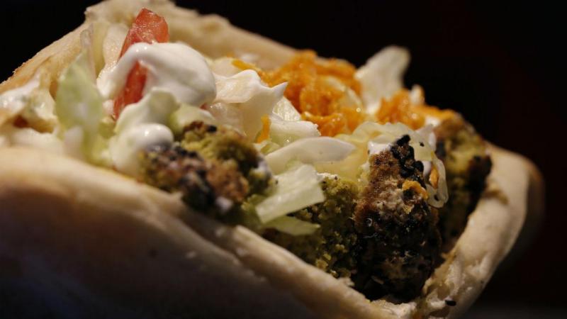 Utilização de fosfatos na carne dos kebabs chumbada em parlamento