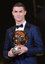 Ronaldo vence Bola de Ouro (Lusa)