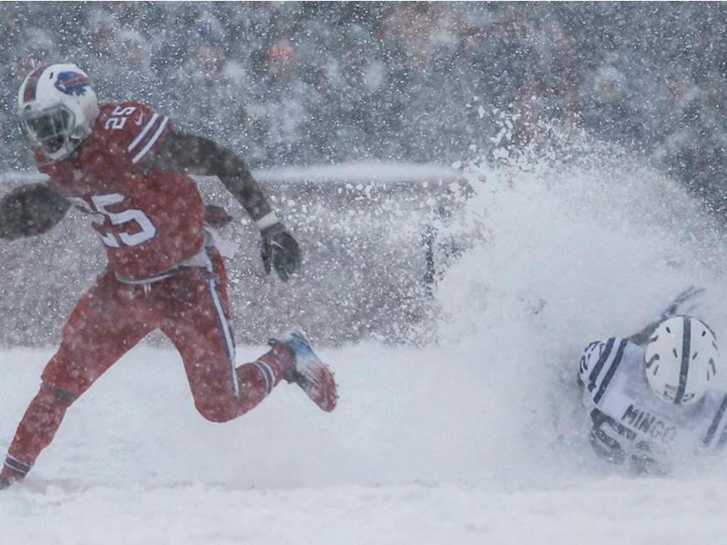 Nfl Bills Bateram Colts Debaixo De Neve Imagens Impressionantes