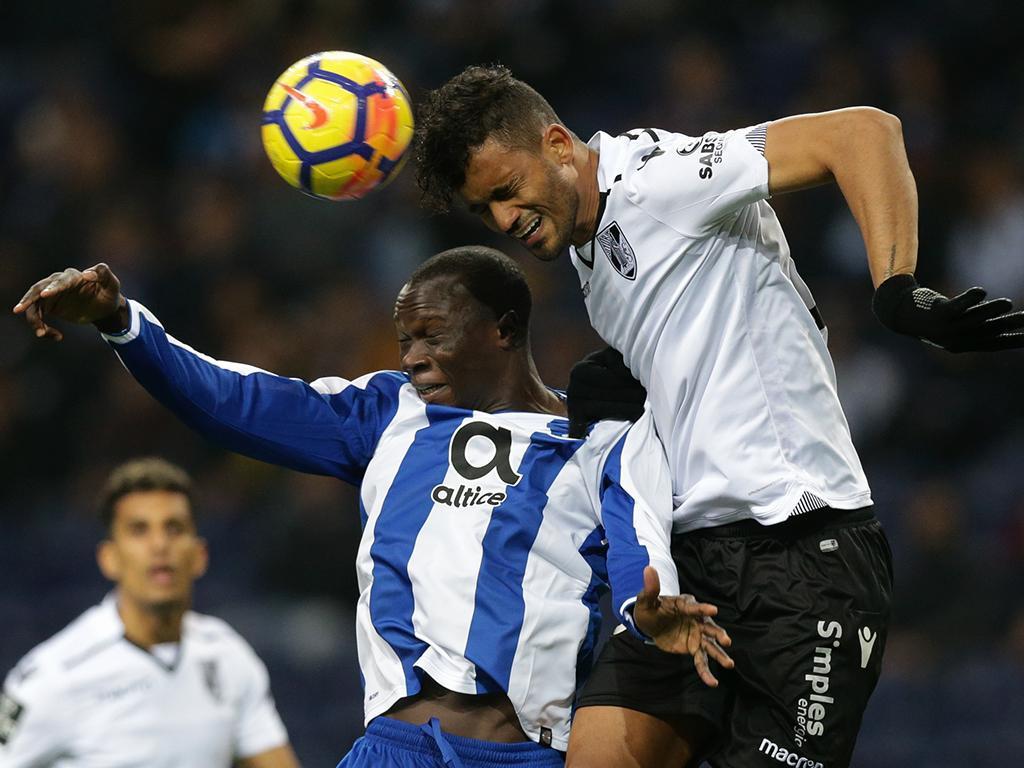 FC Porto goleia Guimarães e está nos «quartos» da Taça