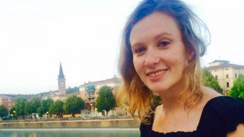 Diplomata britânica Rebecca Dykes