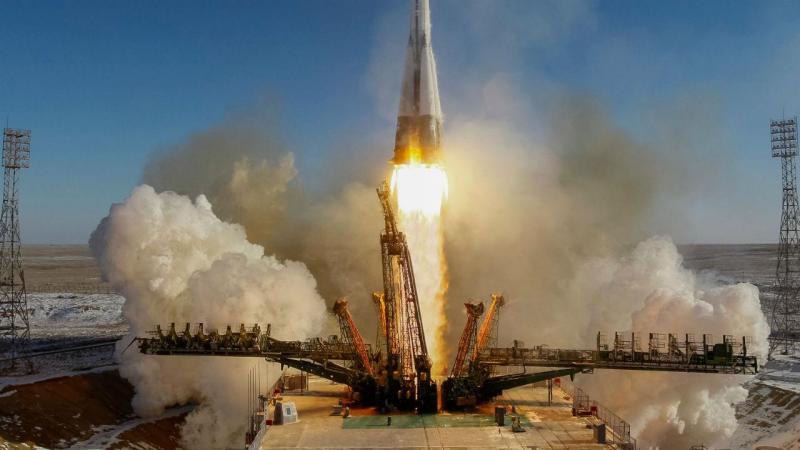 Lançamento da nave russa Soyuz MS-07 a 17 de dezembro de 2017