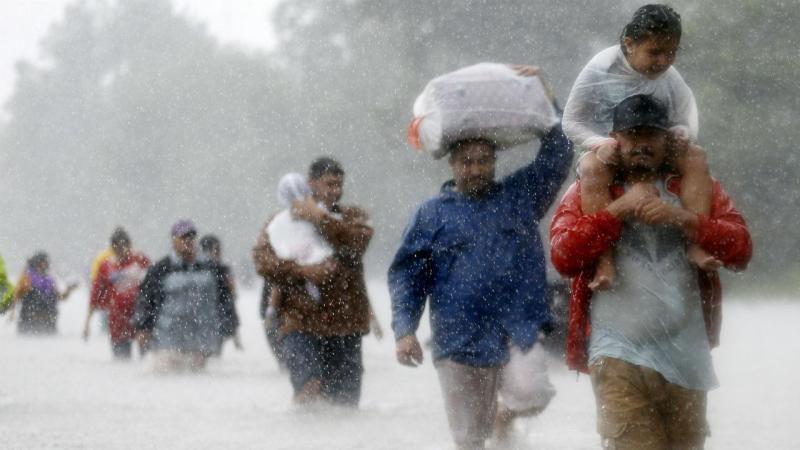 População a deslocar-se devido às inundações do furacão Harvey