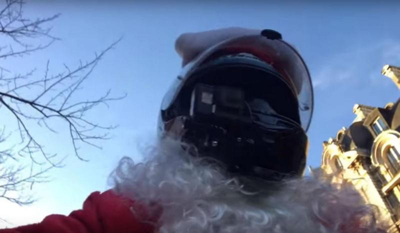 Pai Natal justiceiro (reprodução YouTube)