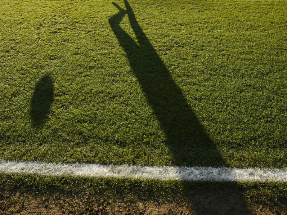 II Liga: Estoril vence Varzim em casa após reviravolta