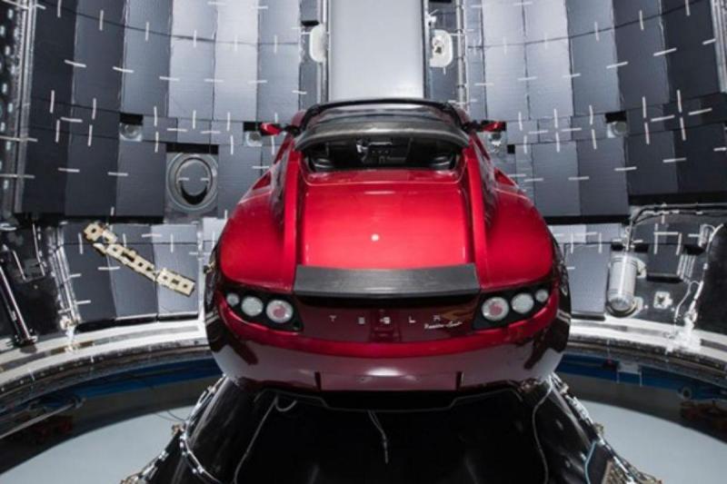 Tesla Roadster no Falcon Heavy (reprodução Instagram Elon Musk)