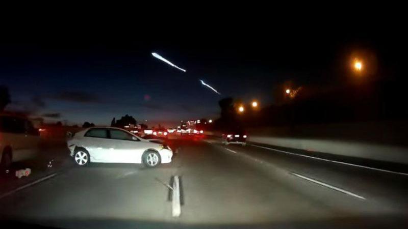 Lançamento espacial causa colisão em cadeia na Califórnia