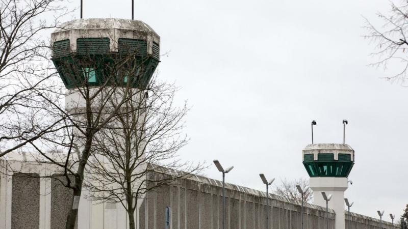 Quatro homens fugiram da prisão Plötzensee, na Alemanha
