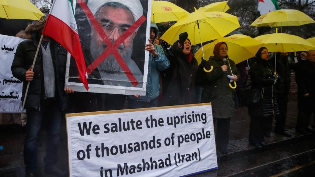 Protestos em Londres contra governo iraniano