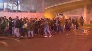 A chegada do cortejo com os adeptos do Sporting ao Estádio da Luz