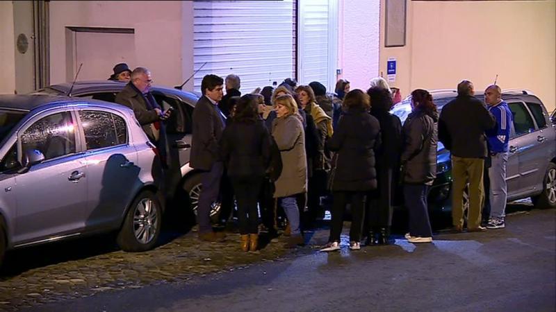 Trabalhadores da ex-Triumph em vigília para impedir que bens saiam da empresa
