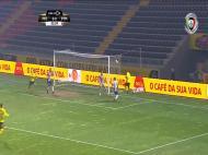 Luiz Phellype faz o primeiro.
