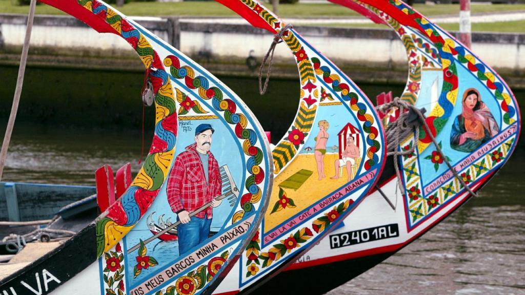 Aveiro - barcos moliceiros (arquivo)