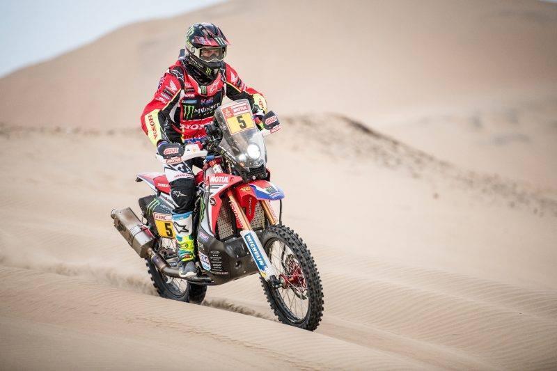 Barreda finta dunas da 5.ª etapa do Dakar