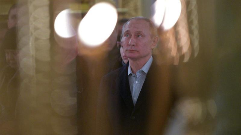 Vladimir Putin participou na celebração da Epifania Ortodoxa