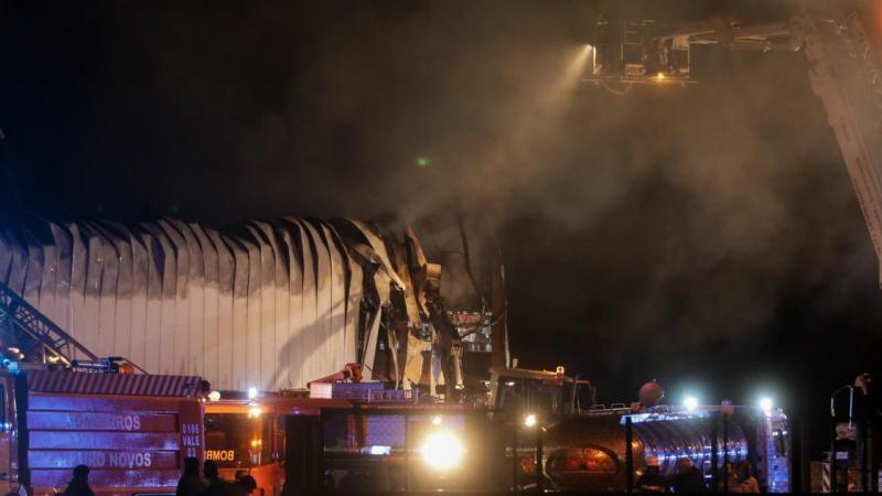 Incêndio na fábrica de capacetes Nexxpro (Anadia)