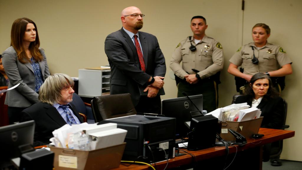 O casal Turpin na audiência em tribunal