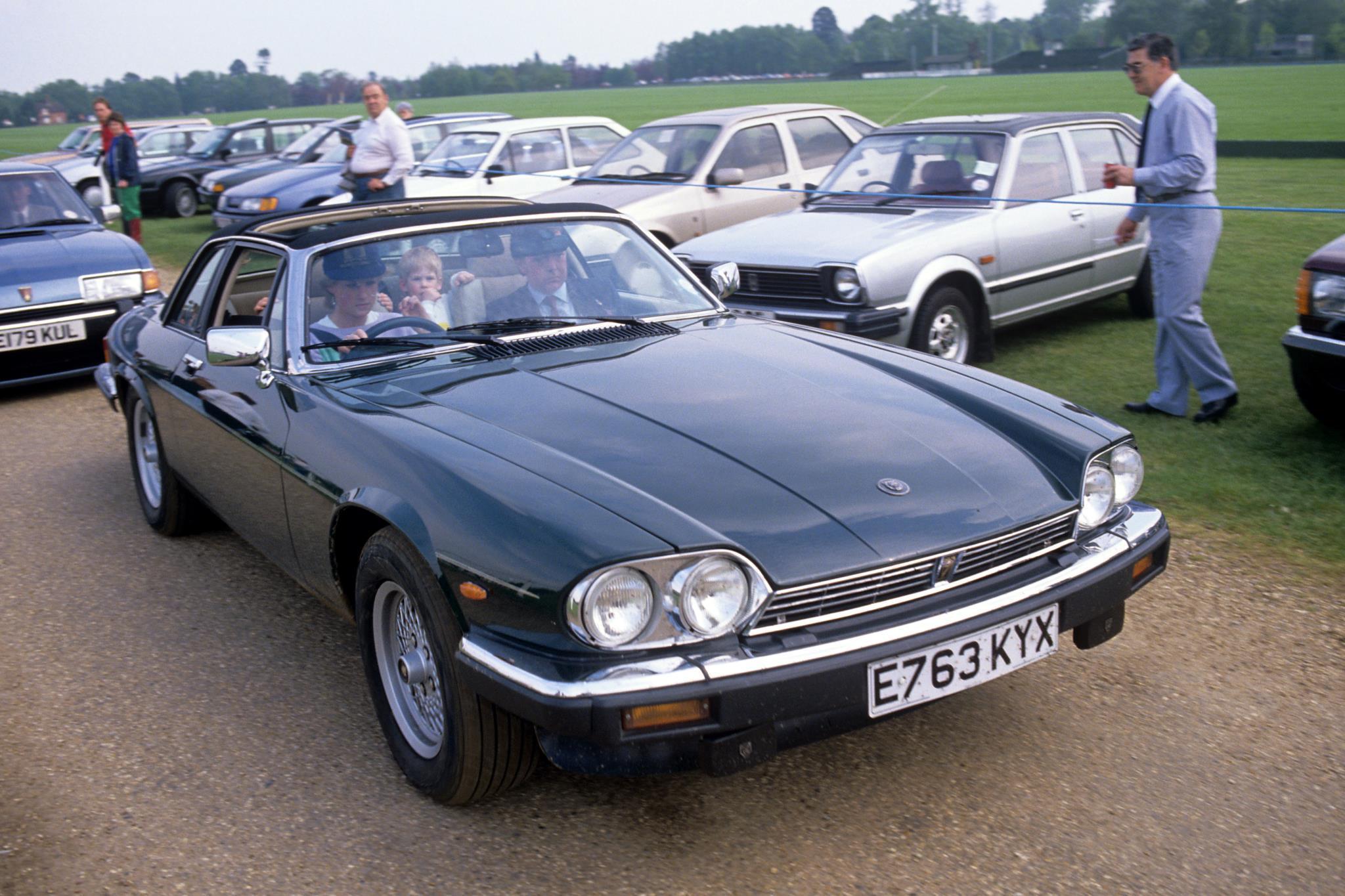 Jaguar de 'Lady Di' vai ser leiloado em fevereiro