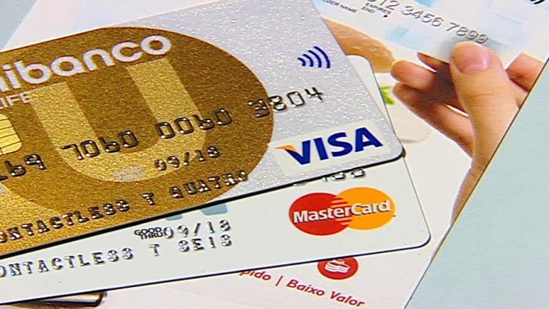 Queixas sobre créditos obrigam bancos a aceitar mediação