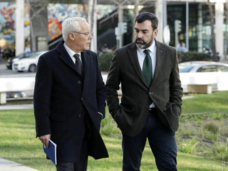 Miguel Macedo à chegada ao tribunal