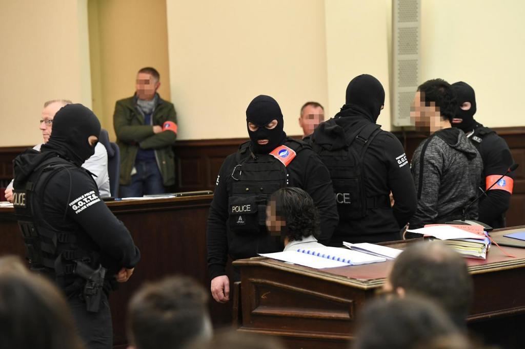 Salah Abdeslam em tribunal