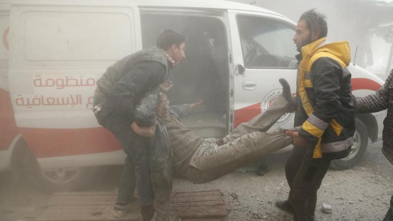 Síria - ataque aéreo em Douma