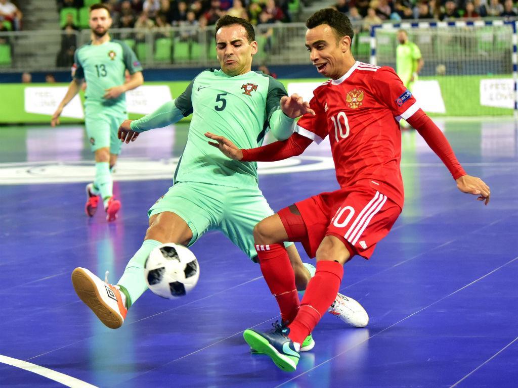 Portugal vence a Rússia e está na final do Europeu de Futsal ... 463038fe54de7