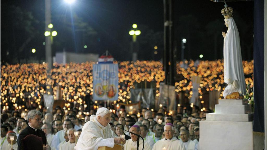 2010 - Maio, Papa Bento XVI em Fátima