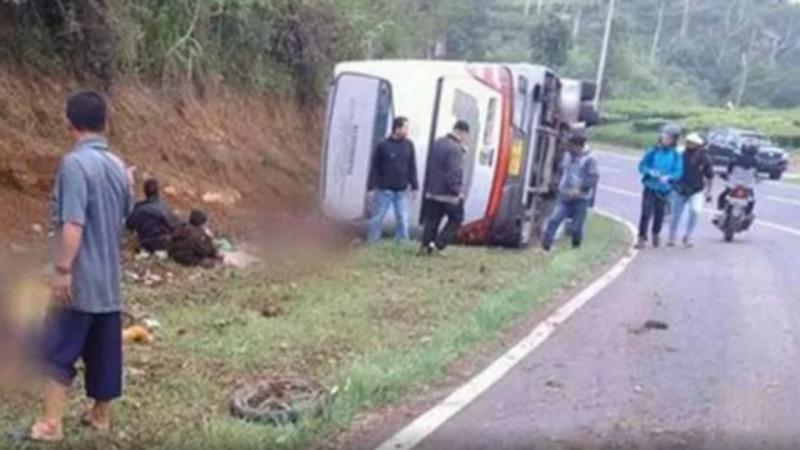 Acidente com autocarro na Indonésia
