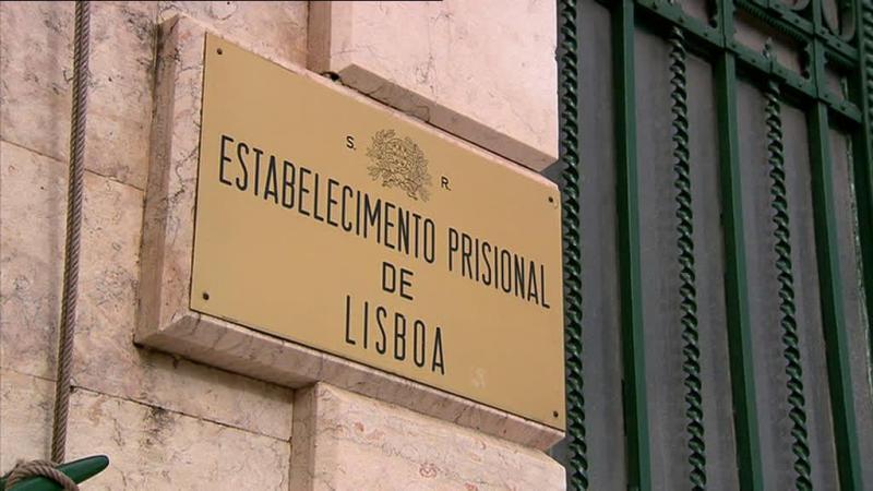 Serviços prisionais ponderam abrir processos criminais a guardas do EPL