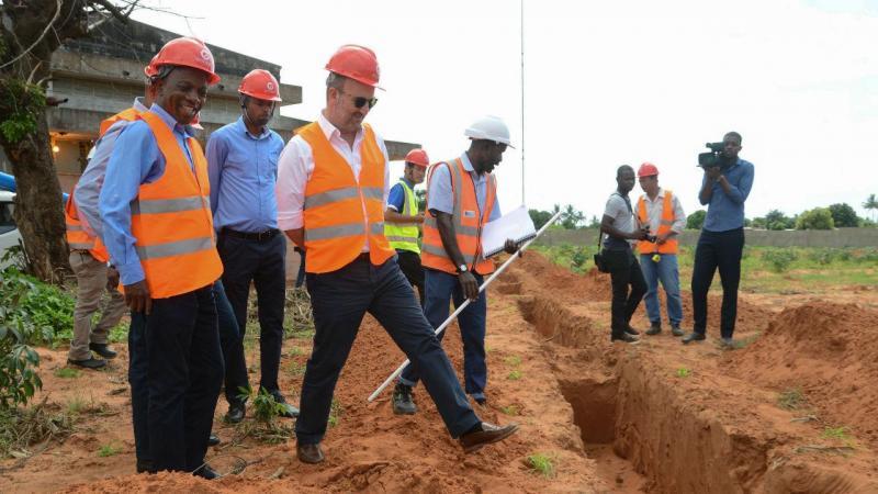 Ministro do Ambiente João Matos Fernandes visita Moçambique