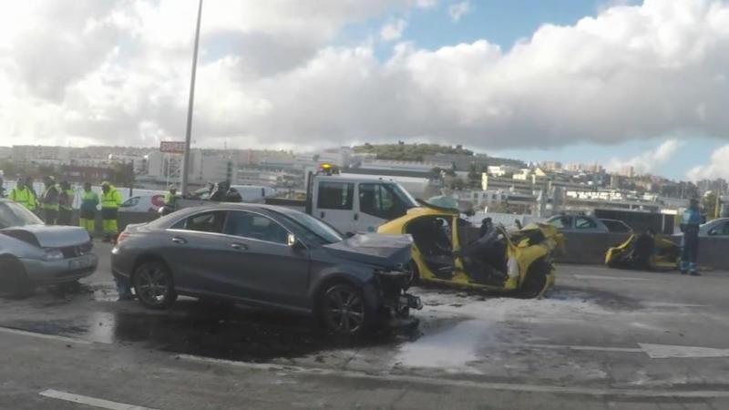 Carro em fuga provoca acidente mortal na CRIL