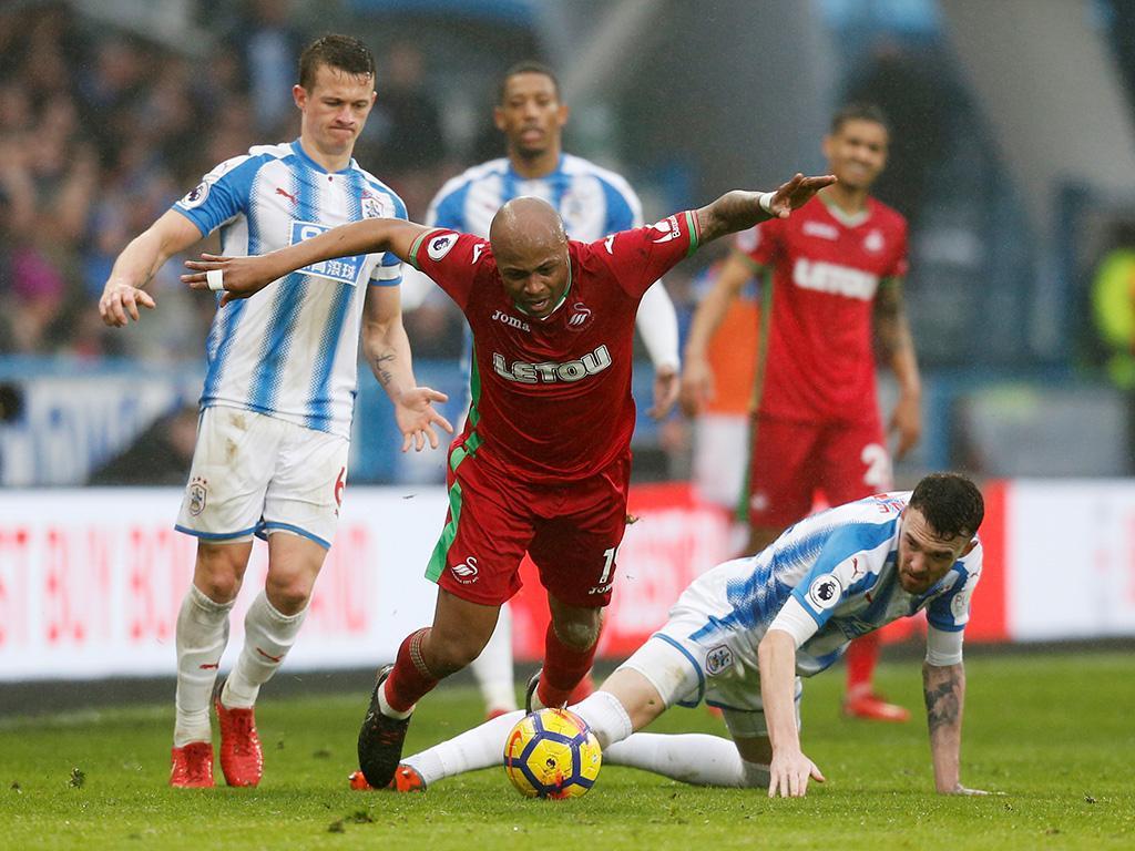 Huddersfield-Swansea (Reuters)