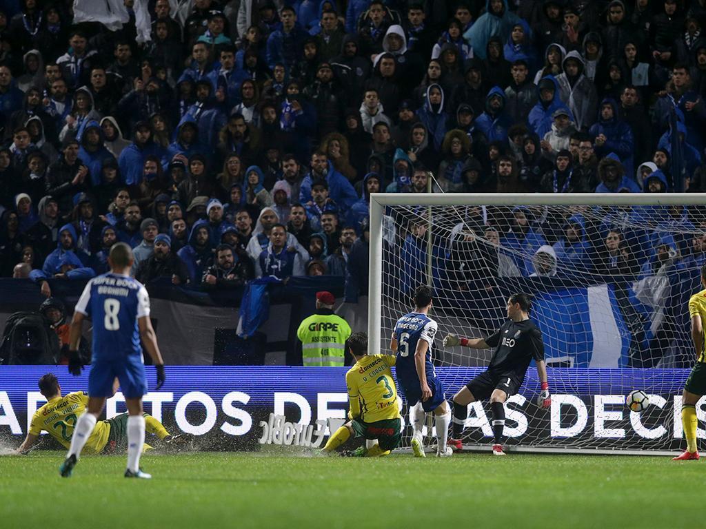 Paços Ferreira-FC Porto (Lusa)