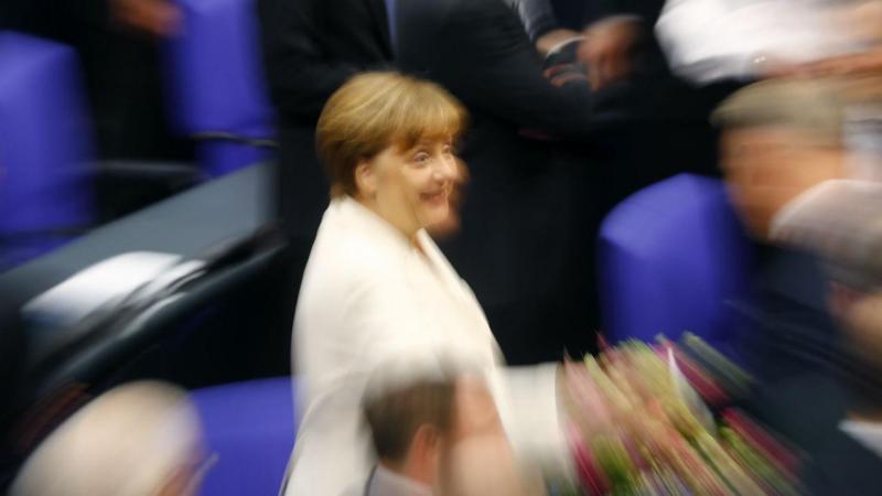 Angela Merkel reeleita para quarto mandato com chenceler da Alemanha
