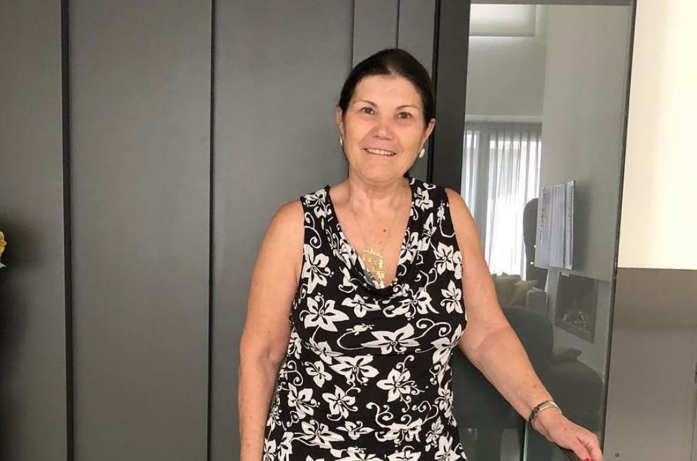 Dolores Aveiro celebra 64.º aniversário