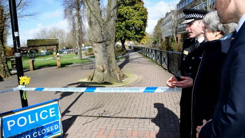 Sergei Skripal e a filha Yulia foram encontrados em Salisbury