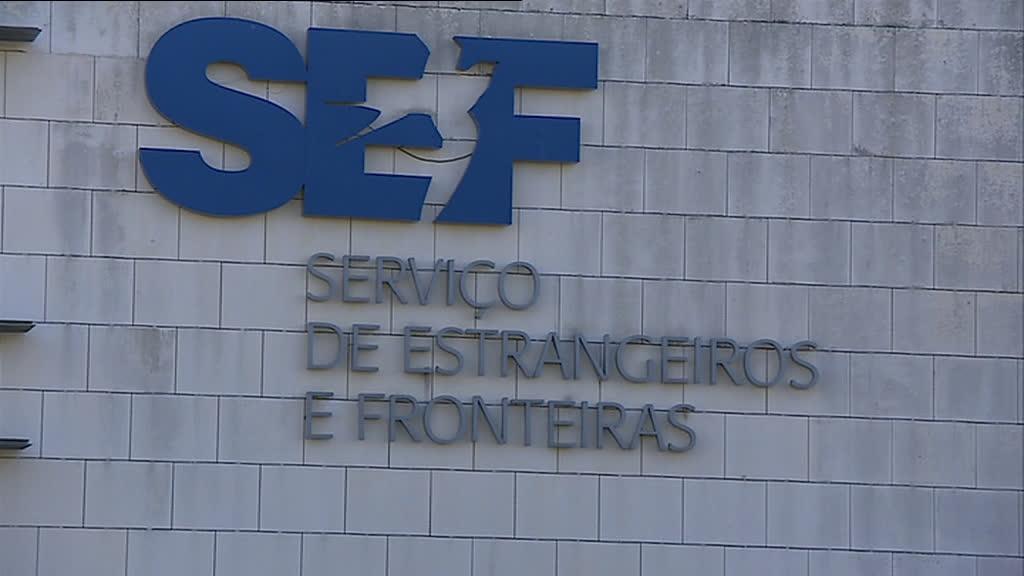 Diretora-adjunta do SEF trabalha em Oeiras e vai dormir a casa, em Coimbra, com carro de serviço e motorista